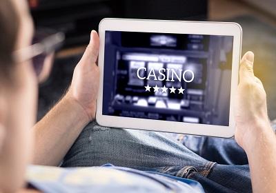 Jauniņie kazino: Kā sākt spēlēt tiešsaistē?